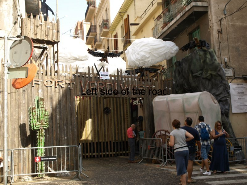 Verdi -Carrers Guarnits, Gracia, Festa Major, Barcelona, 2012