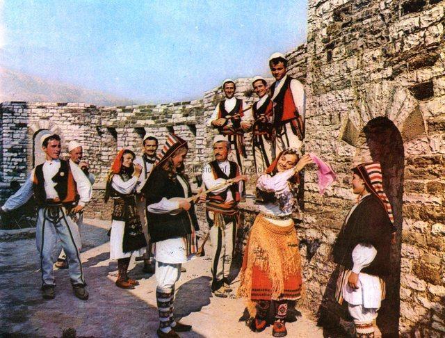 Gjirokastra National Folk Festival - Historic 03